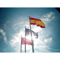 Banderas institucionales exterior